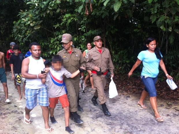 Crianças foram encontradas na tarde desta sexta-feira (Foto: Girlene Medeiros/G1 AM)