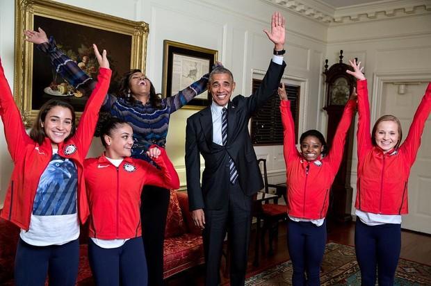 Barack Obama e Michelle Obama deixaram a formalidade de lado durante comemoração na Casa Branca com os atletas que participaram da Olimpíada no Rio 2016  (Foto: Reprodução do Instagram)