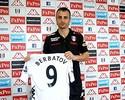 Berbatov é do Fulham, e destaque do México em Londres vai ao Mallorca