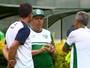 Guarani controla chegadas e saídas no elenco para atender pedidos de Vadão
