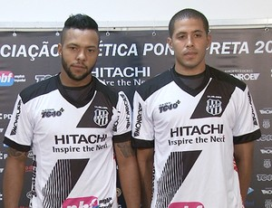 Paulinho e Dede, volante da Ponte Preta (Foto: Carlos Velardi / EPTV)