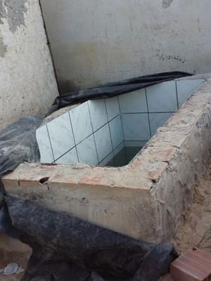 Criança cai em cisterna de igreja evangélica e morre afogada