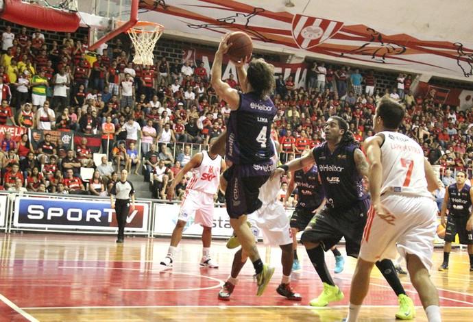 Gustavo Lima Mogim mirim e Flamengo (Foto: Guilherme Peixinho / Divulgação Mogi)