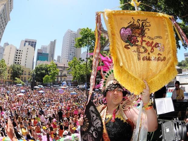 Bloco Fogo e Paixão, de músicas bregas, agita o Centro do Rio (Foto: Alexandre Durão/G1)