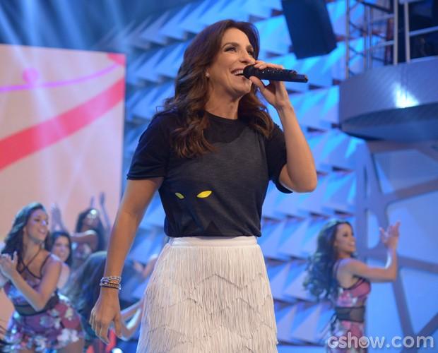Ivete Sangalo levanta o público com seus grandes sucessos (Foto: Raphael Dias / TV Globo)