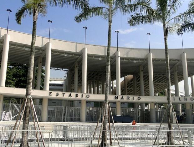 Obras operários maracanã reabertura  (Foto: Thiago Dias)