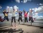 Ginastas japonesas fazem tour por Aracaju e conhecem Rio Sergipe