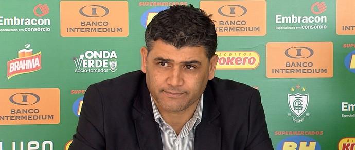 Sidiclei Menezes assumiu a direção de futebol do América-MG (Foto: Reprodução/TV Globo)