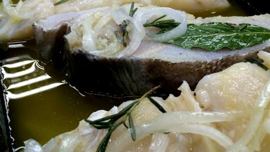 Bacalhau de Natal: aprenda a receita tradicional de uma ceia