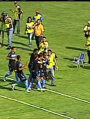 Londrina vence por 4 a 2 jogo contra o Toledo (Foto: reprodução RPCTV)