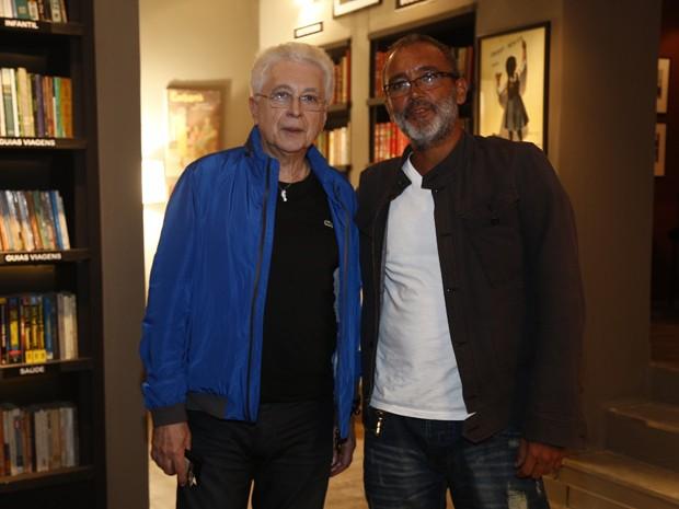 Aguinaldo Silva e o diretor Rogério Gomes, o Papinha (Foto: Raphael Dias/Gshow)