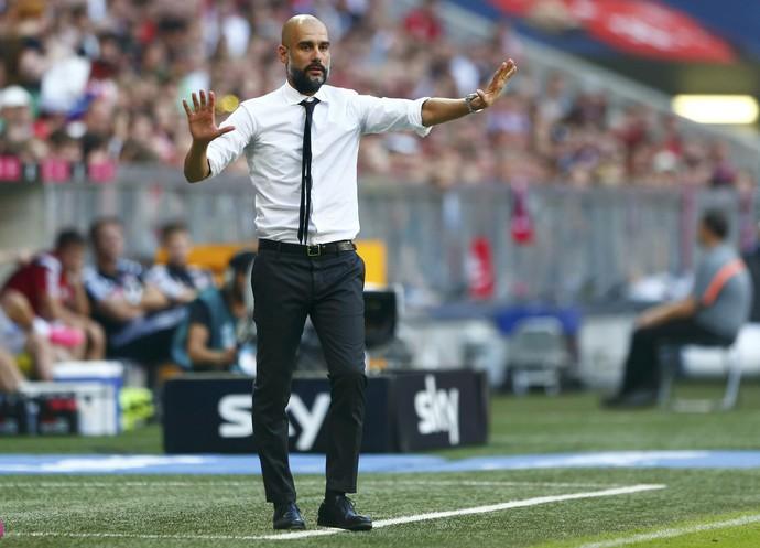 Guardiola Bayern x Leverkusen (Foto: Reuters)