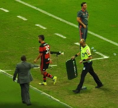 Diego substituição - Palmeiras x Flamengo (Foto: Fred Gomes/ Globoesporte.com)