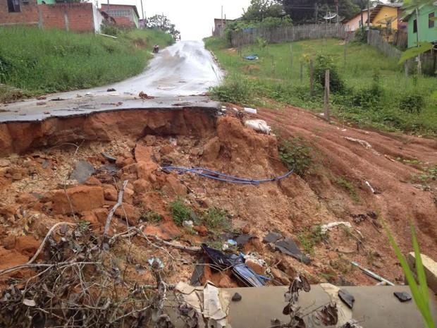 Travessa da Mangueira, em Cruzeiro do Sul (Foto: Genival Moura/G1)