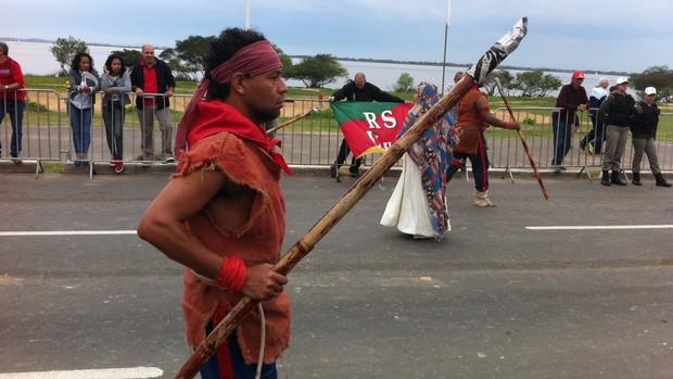 Desfile farroupilha atrai milhares em Porto Alegre (Felipe Truda/G1)