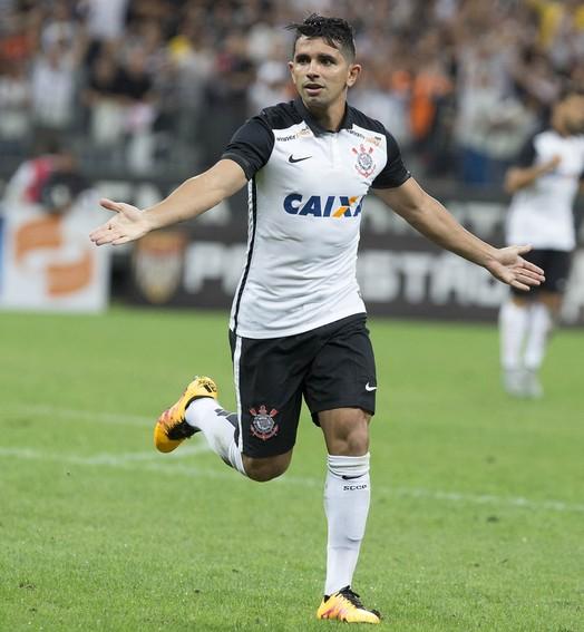 """""""what a debut!"""" (Daniel Augusto Jr. / Agência Corinthians)"""
