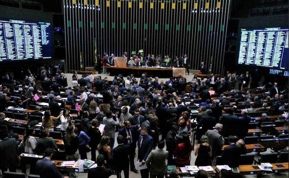 O plenário da Câmara, durante a sessão desta terça (18) (Foto: Billy Boss/Câmara dos Deputados)