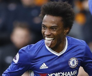 Willian comemora gol do Chelsea (Foto: Reuters / Carl Recine)
