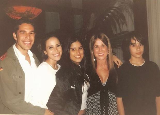 Zilu Camargo com Wanessa, Camila e Igor e Marcos Buaiz (Foto: Reprodução/Instagram)