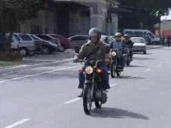 Taubaté amplia mototáxistas para combater atuação de clandestinos  (Foto: Reprodução/TV Vanguarda)