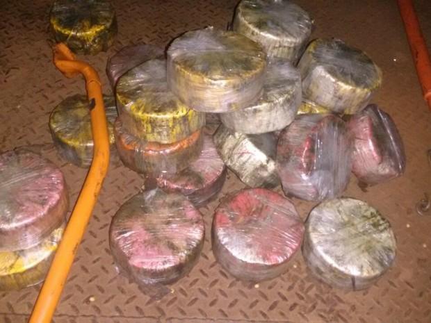 Cocaína apreendida durante investigação que resultou na operação (Foto: PF/ Divulgação)
