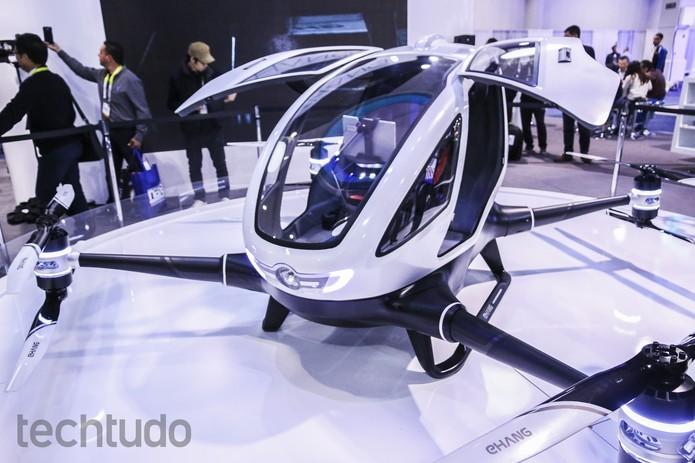 Drone gigante leva um passageiro em voo de 23 minutos a 100 km por hora (Foto: Marlon Câmara/TechTudo)