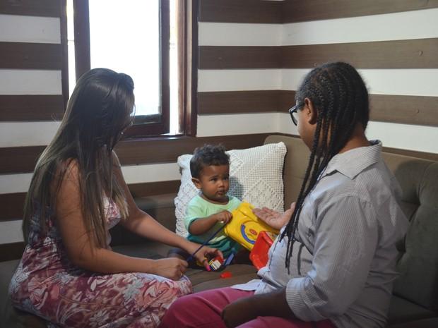 Nohan, de apenas um ano, foi o grande incentivador da doação de órgão entre o casal (Foto: Dani Fechine/G1)