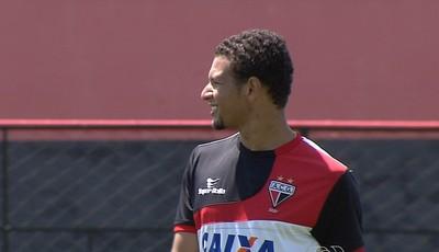 Willian Arão, volante do Atlético-GO (Foto: Reprodução/TV Anhanguera)