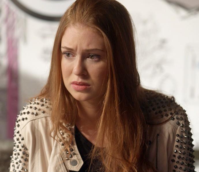 Eliza ouve conselho de Natasha (Foto: TV Globo)