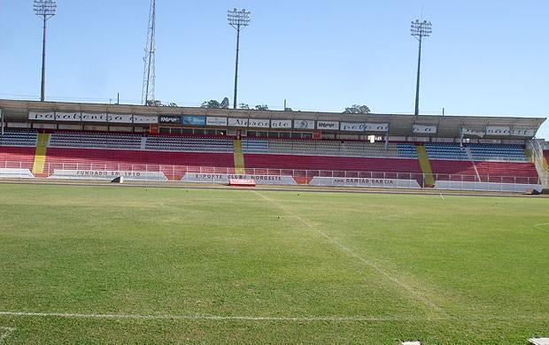 estádio Alfredo Castilho do Noroeste (Foto: Carlos Augusto Ferrari / GLOBOESPORTE.COM)