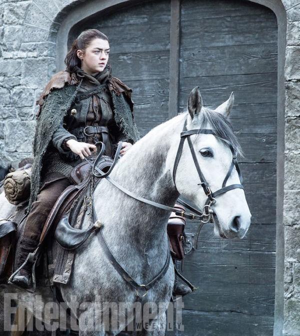 A personagem Aria Stark em cena da próxima temporada de Game of Thrones (Foto: Reprodução)