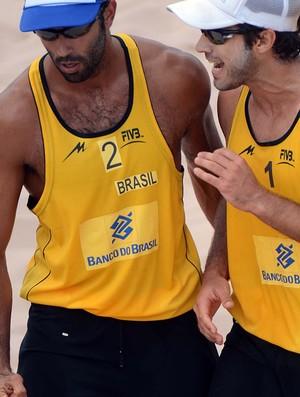 Pedro Solber e Bruno Schmidt no Grand Slam de São Paulo (Foto: Divulgação/FIVB)