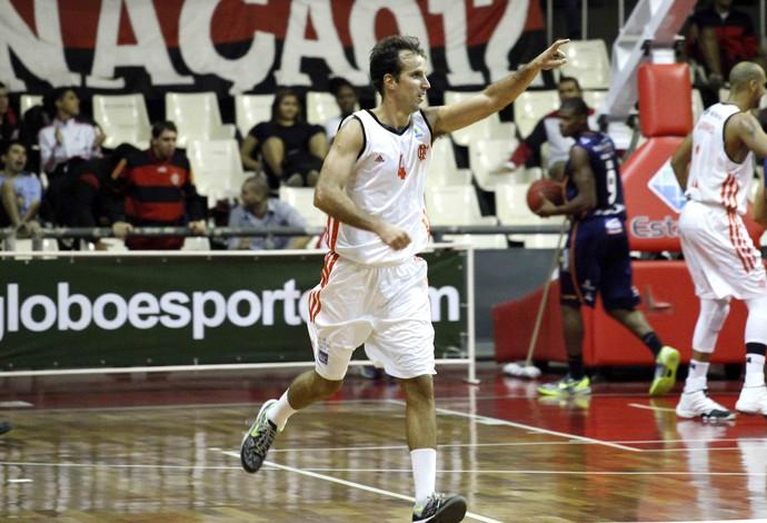 Marcelinho basquete Flamengo x Bauru (Foto: Gilvan de Souza / Divulgação)