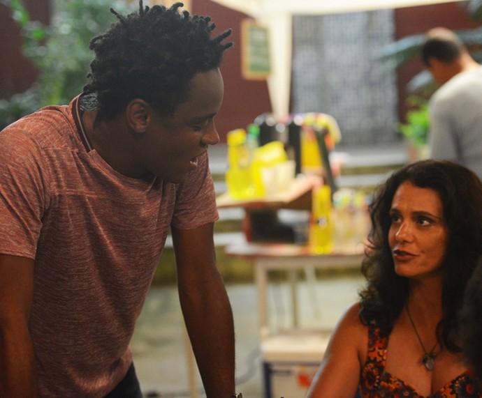 Montanha não gosta de ouvir Rosângela falando bem do ex (Foto: Pedro Carrilho)