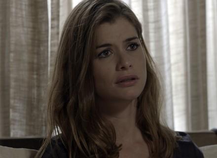 Lívia sofre por causa de Felipe