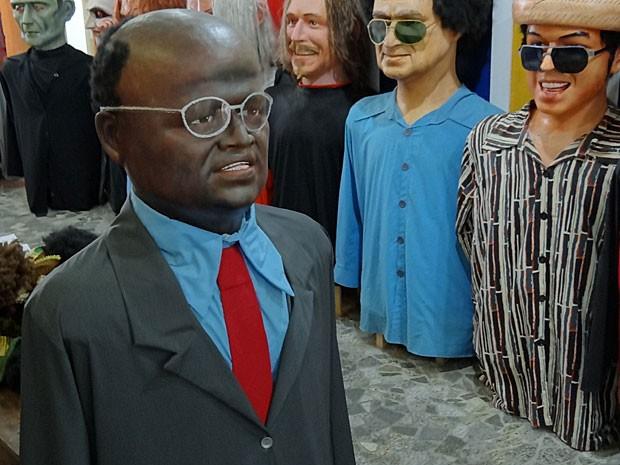 Ministro e atual presidente do STF, Joaquim Barbosa, virou boneco gigante. (Foto: Katherine Coutinho / G1)
