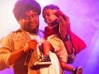 Filho de 1 ano de Marquinho OSócio sobe no palco e não quer mais sair