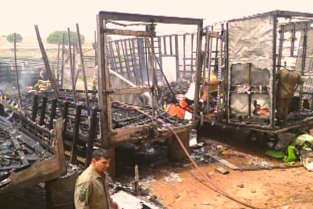 Incêndio atinge depósito da fábrica de móveis em Iguatu, no Ceará (Foto: Reprodução/TV Verdes Mares)
