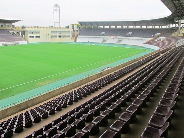 Estádio Fonte Luminosa será palco da disputa entre Linense e Palmeiras (Foto: Reprodução GE)