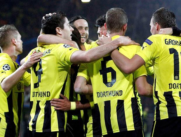 Borussia Dortmund comemora gol contra o Real Madrid (Foto: Reuters)