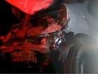 Acidente entre carro e caminhão deixa feridos em estrada de Valinhos, SP