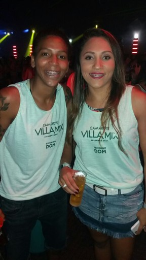 Rafaela Silva com a namorada, Thamara Cezar, curtem o Carnaval em Salvador (Foto: Lucas Pasin/EGO)