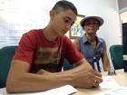 Filho de catadora de lixo é 1º lugar no IFRN: 'Quero ser o orgulho da família'