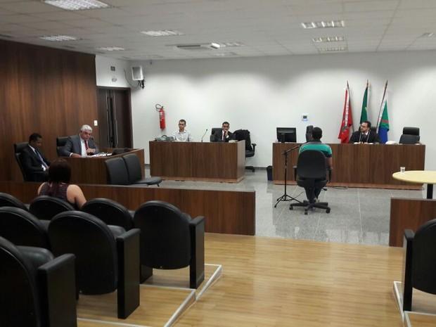 Tribunal do Júri julga nesta terça (13) jovem acusada de atropelar e arrastar ex-namorado em Boa Vista  (Foto: Bruna Andrade/Rede Amazônica em Roraima)