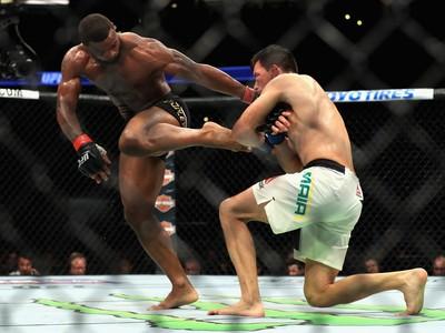 Woodley x Demian UFC 214 (Foto: Getty Images)