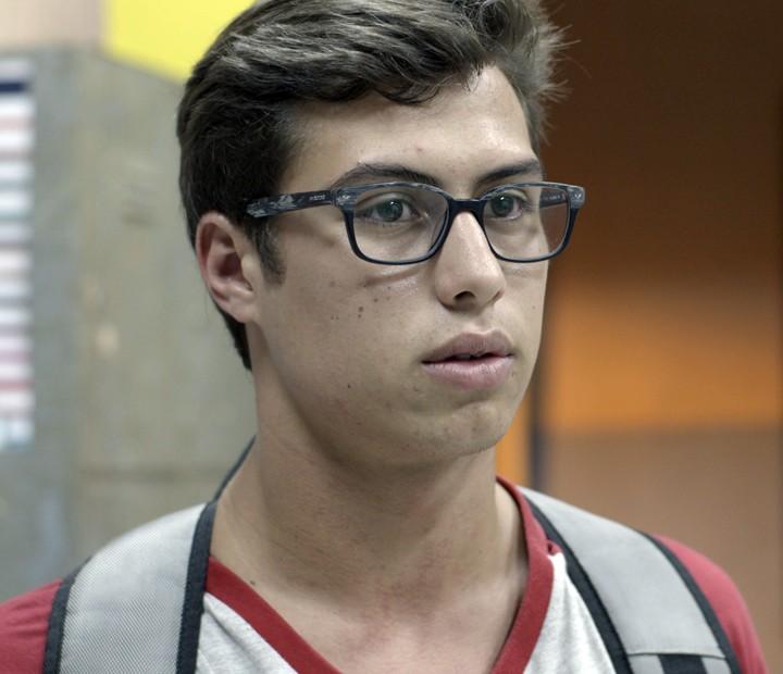 Filipe se recusou a dar cola para a namorada (Foto: TV Globo)
