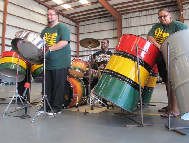 Tour da Taça Ilhas Cayman banda Pan 'n' Riddim  (Foto: Diogo Venturelli)