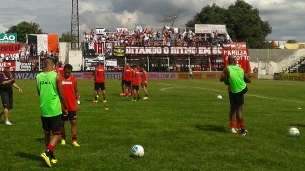 JEC se preparando para o jogo que deu o título da Série B ao time (Foto: Alessandra Flores/RBS TV)