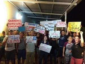 Alunos Uemg (Foto: Movimenro Estudantil/Divulgação)