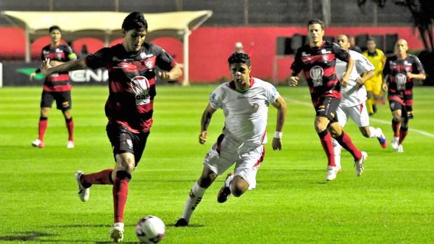 Victor Ramos, Vitória e Boa esporte (Foto: Erik Salles / Agência Estado)
